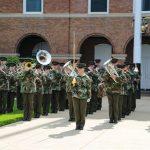 「The President's Own」アメリカ海兵隊バンド、初の女性ドラムメジャー誕生!